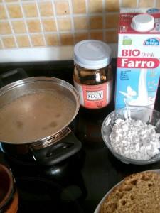 Crema para relleno de tarta a base de bebida vegetal de espelta, melaza de arroz y kuzu. La que suelo hacer en casa. Riquísima y fácil de preparar. Natalia Car Pe